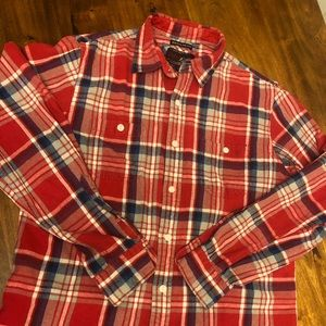 Men's vintage old navy flannel size Med Reg fit.